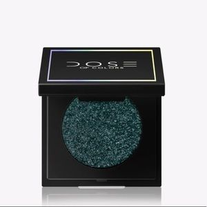🌸NEW! Dose of colors eyeshadow in night sky